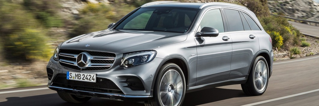Mercedes-Benz-GLC-350-e-4MATIC-Edition-1-AMG-Line-2015-3840x2160-004